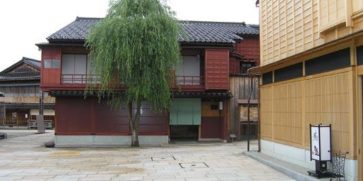 higashiyama01.jpg